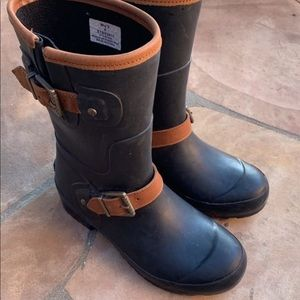Sperry rainboots size 6